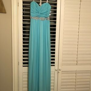 Prom or homecoming gown. Strapless